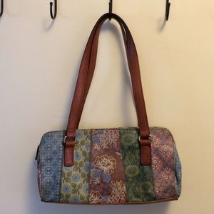 Fossil leather bag.flower print